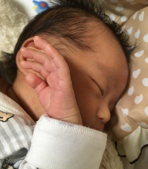 赤ちゃんの夜泣き